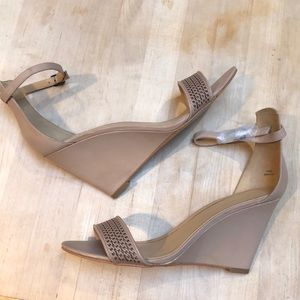 Enzo Angiolini Nude Leather Wedge- NWT